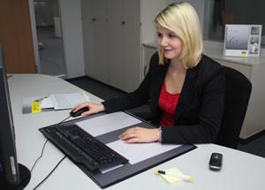Lena Bender ist mit ihrem Ausbildungsstart bei Viega einer kaufmännischen Karriere ein gutes Stück näher gekommen.